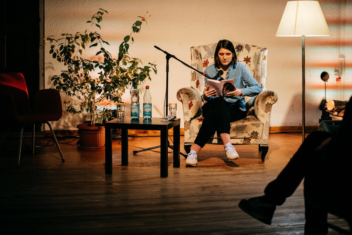 Verena Kessler liest aus Die Gespenster von Demmin